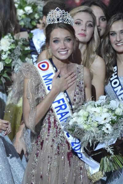 Miss France 2021 est et restera... Amandine Petit, Miss Normandie !