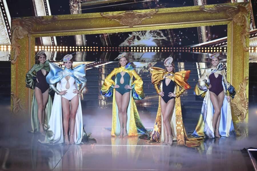 Un aperçu de face des 5 candidates en compétition lors du dernier tableau.