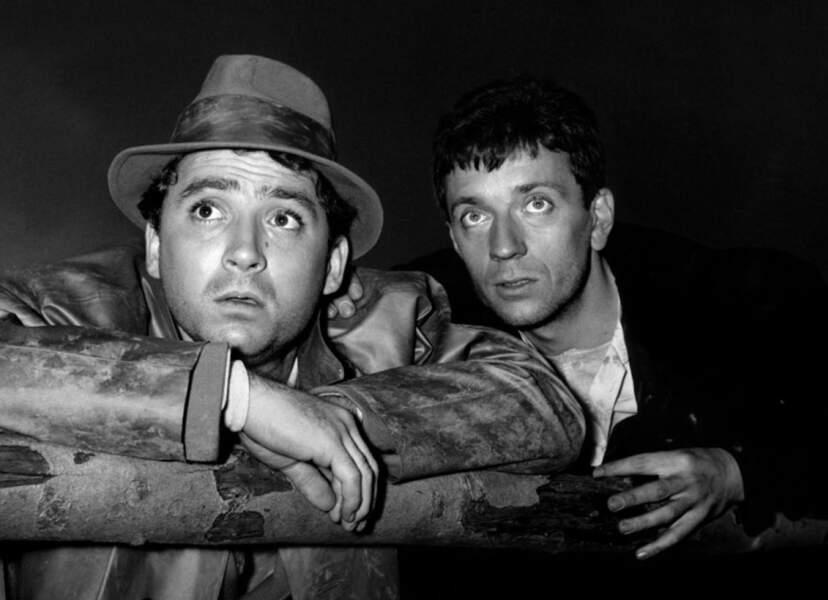 Avec son ami Jean-Pierre Cassel dans Le caporal épinglé de Jean Renoir en 1962.