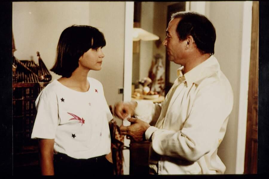 La même année il est l'inoubliable père de Sophie Marceau dans La boum de Claude Pinoteau.