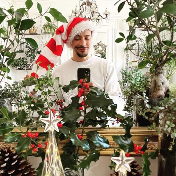 Bonnet, étoiles et plantes vertes pour Steevy Boulay.