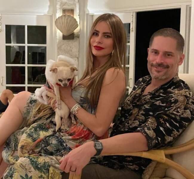 Sofia Vergara et son mari, Joe Manganiello, passent Noël dans la villa des Caraïbes de la star de Modern Family