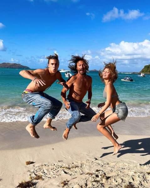 A Saint-Barthélémy, Bob Sinclar profitait de la plage et du soleil avec ses enfants Raphaël et Paloma.