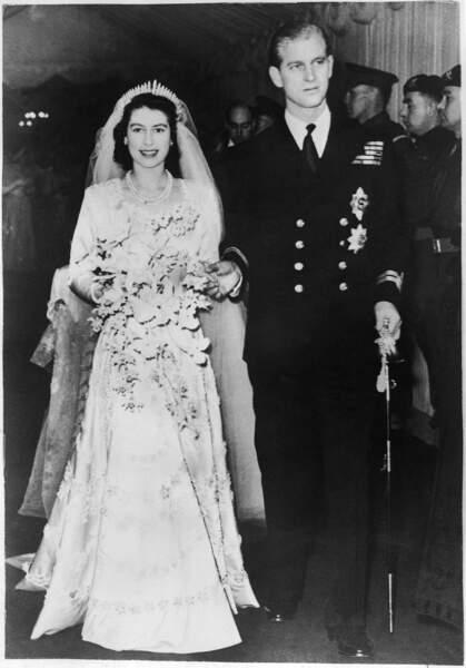 Le 20 novembre 1947, le prince Philip et la princesse Élisabeth se marient à l'abbaye de Westminster. Peu avant le mariage Philip se verra attribuer par le roi le prédicat d'altesse royale et sera fait Duc d'Edimbourg