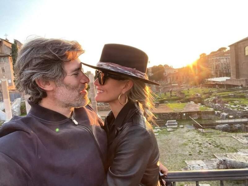 Souvenir d'un week-end à Rome pour Jalil Lespert et Laeticia Hallyday.
