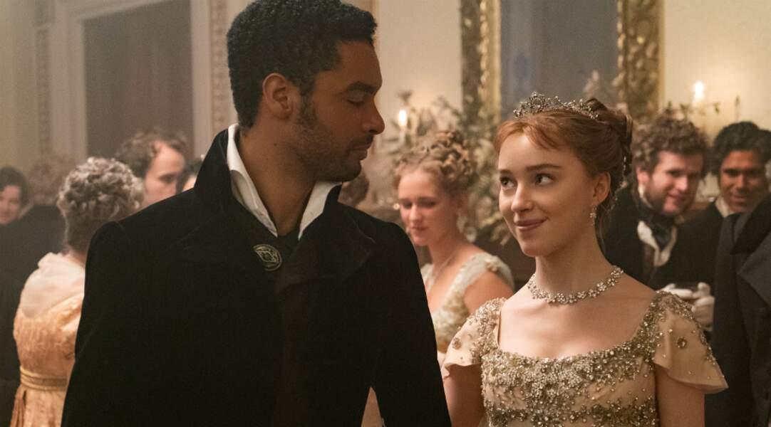 Mais le duc et la débutante finiront pas tomber sous le charme l'un de l'autre…au cours de bals aussi nombreux que fastueux