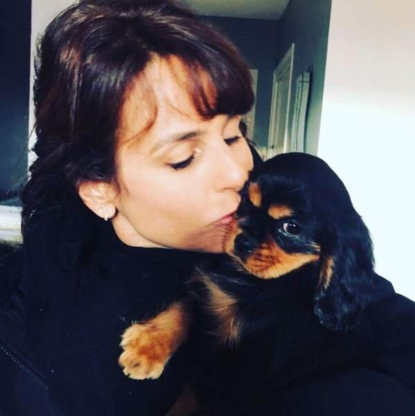 On commence avec des clichés trop mignons : Faustine Bollaert est désormais maman d'une petite Phoebe.
