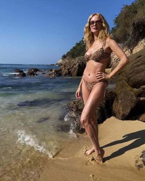 Le cadre était identique mais la température tout autre pour l'actrice Heather Graham en bikini.