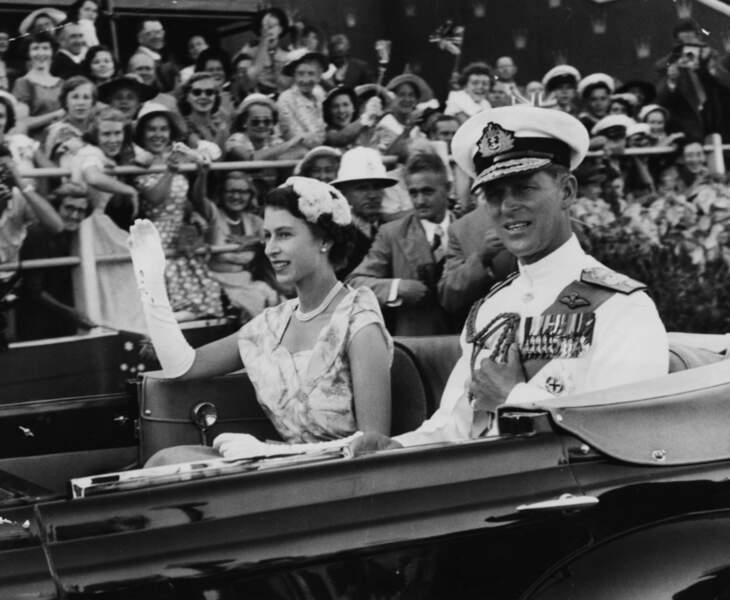 Après le couronnement, la reine et le prince Philip vont faire un tour du monde durant presque six mois.