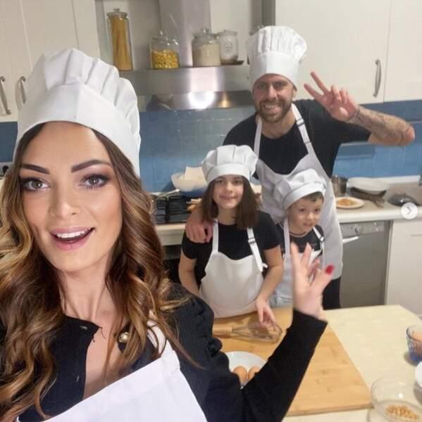 Trop mignon : Emilie Nef Naf, Jérémy Ménez et leur petit famille ont fait la cuisine ensemble pour Tous en cuisine sur M6.