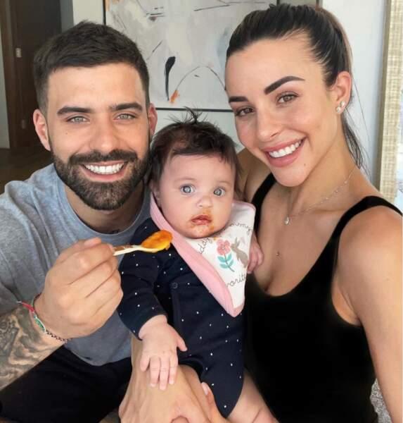 Rym et Vincent sont fiers de leur petite fille : cette semaine, Maria-Valentina a mangé pour la première fois de la purée de carottes