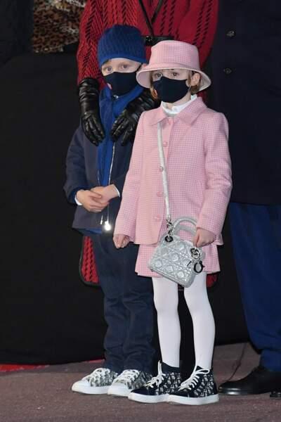 Des héritiers une fois de plus adorables et totalement lookés en Dior