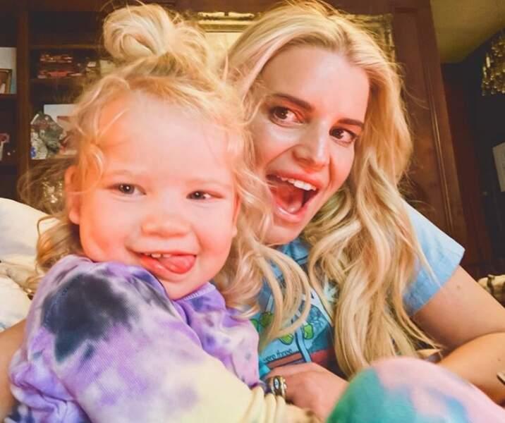 Selfie mère-fille pour Jessica Simpson et Birdie Mae.