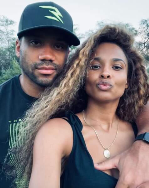 Selfie de couple pour Ciara et son mari Russell Wilson.