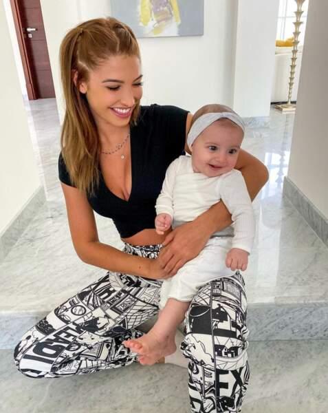 Mélanie Dedigama et sa fille Naya.