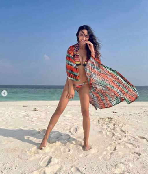 Bikini et kimono pour Leila Ben Khalifa aux Maldives.