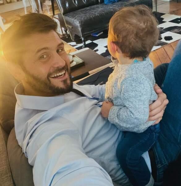 Christophe Beaugrand et son petit Valentin.