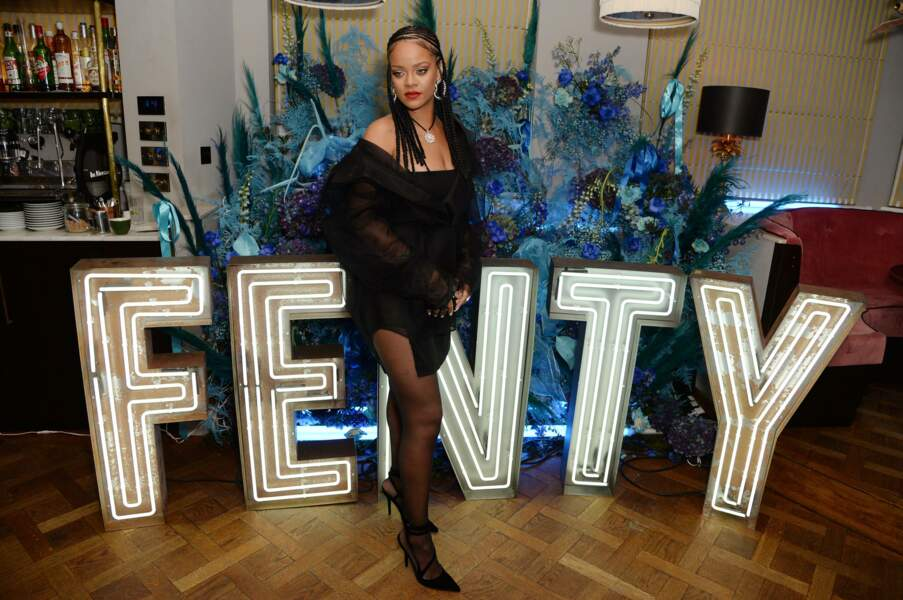 Sans oublier Fenty, sa marque de prêt-à-porter lancée en 2019 au sein du groupe LVMH.