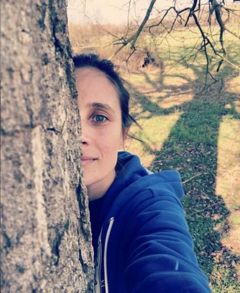 Ce sera sans Julie de Bona, qui préfère rester près de son arbre