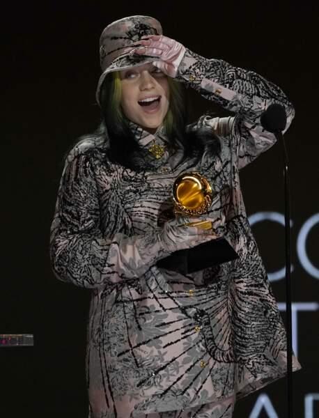 Billie Eilish dans un look assorti pour cette 63e édition des Grammy's.