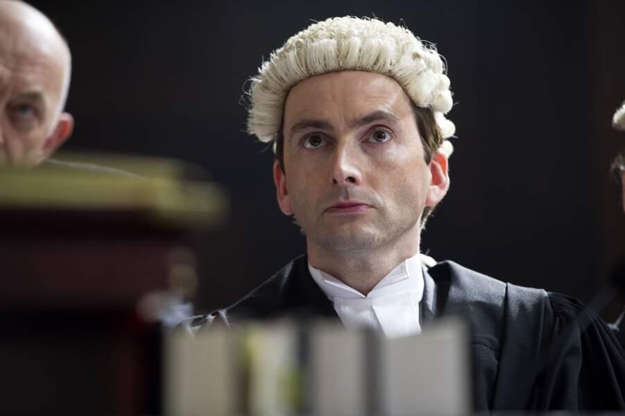 Il troque ensuite le badge de policier pour la robe et la perruque d'avocat dans Perfect Crime (2013), un thriller britannique en trois parties. Il y incarne un avocat de génie prénommé Will Burton. A voir sur Polar +.