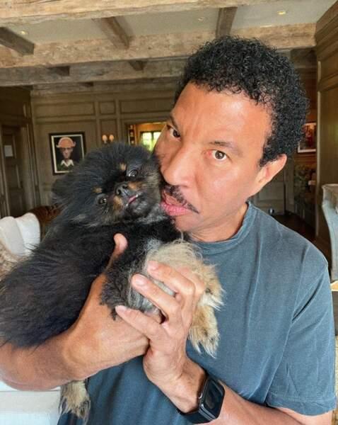 Idem pour Lionel Richie et son petit Sylvester.