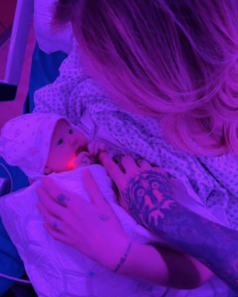 Et toutes nos félicitations à l'influenceuse italienne Chiara Ferragni, maman pour la deuxième fois ! Le bébé se prénomme Vittoria.