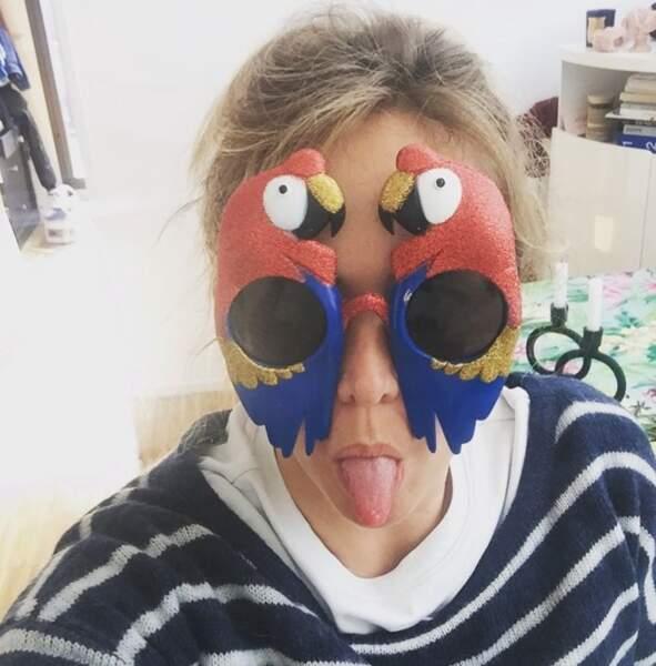 Enora Malagré, elle, était plutôt en mode Elton John.
