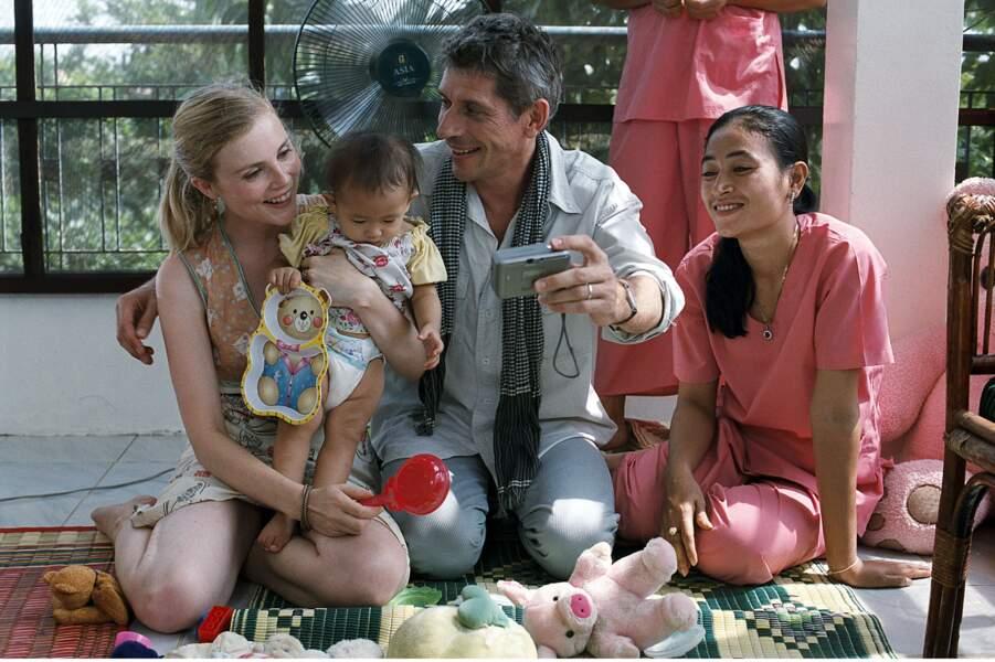 Jacques Gamblin et  Isabelle Carré dans Holy Lola (2004)