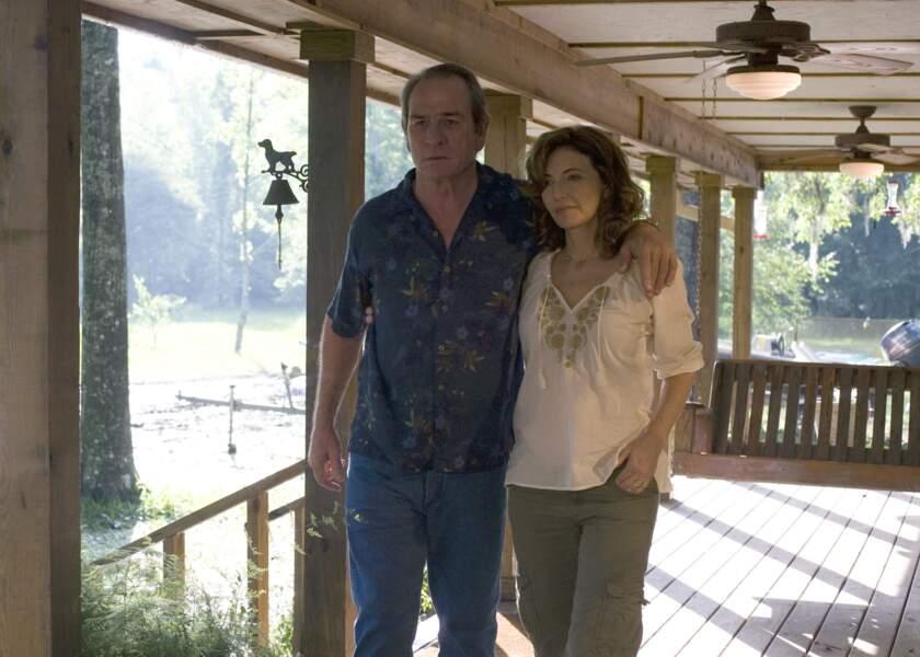Mary Steenburgen et Tommy Lee Jones, Dans la brume électrique (2009)