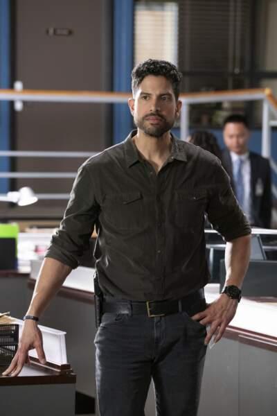 Adam Rodriguez a rejoint la série dans la saison 12 et incarnait l'agent spécial Luke Alvez. Après ça, il a joué dans Penny Dreadful: City of Angels.