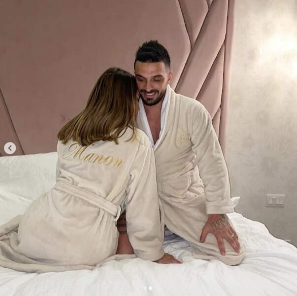 Moment complice en amoureux pour Manon et Julien Tanti