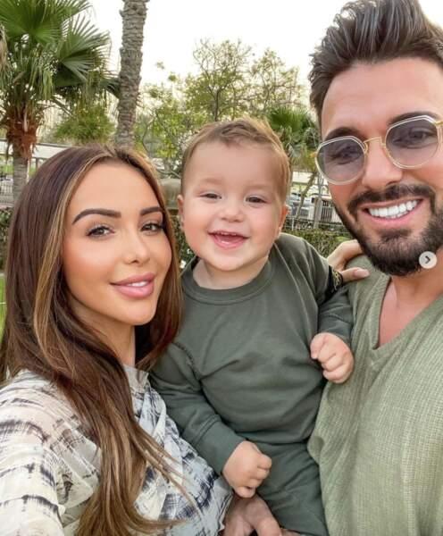 On commence avec des bébés mignons : l'adorable sourire de Milann, fils de Nabilla et Thomas Vergara.