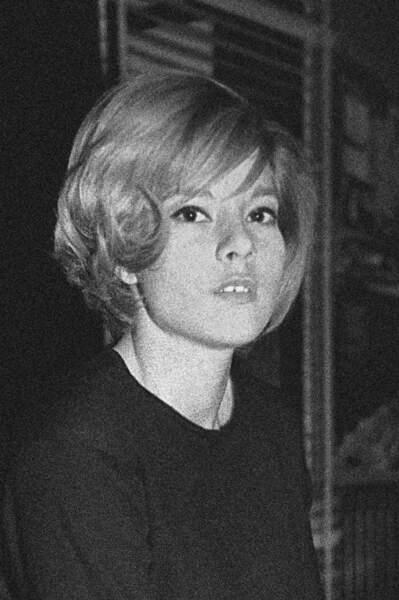 Sylvie Vartan : avant.