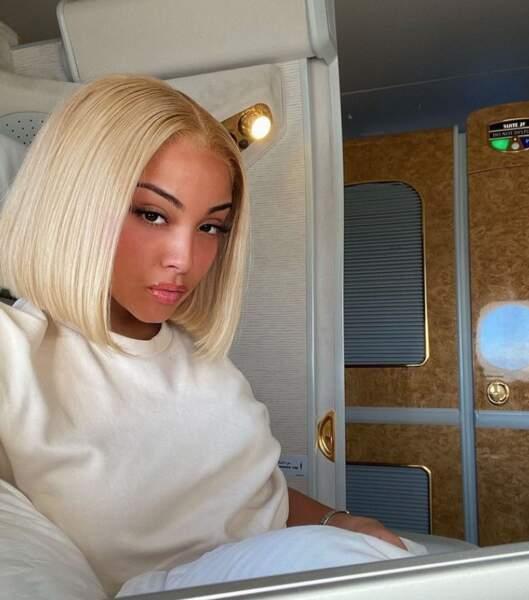 En blonde platine...