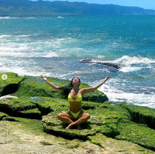 """Ou plutôt """"namaste"""" pour les adeptes du yoga."""
