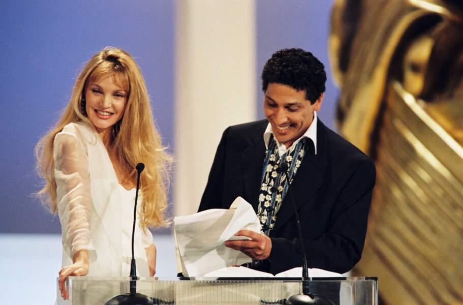 Aux côtés d'autres stars : Smain aux César en 1996...
