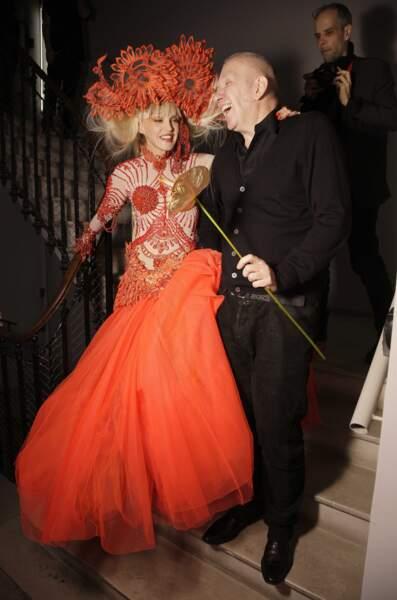Jean-Paul Gaultier, ici en 2010, pour qui elle a défilé...