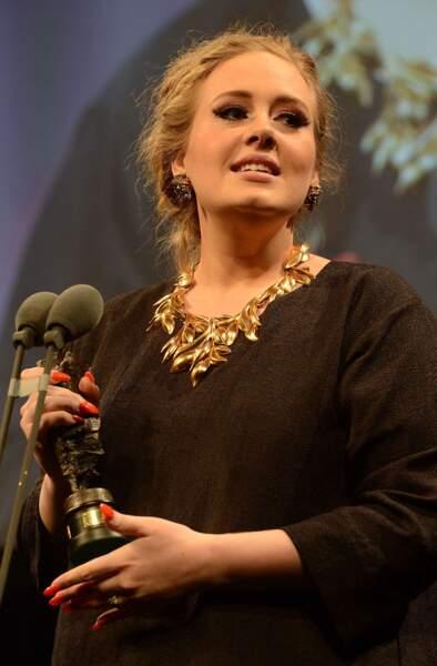 Opus pour lequel elle a gagné un Ivor Award à Londres.