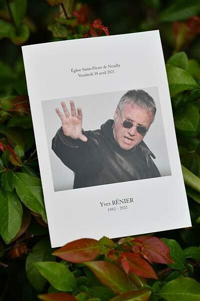 Les obsèques d'Yves Rénier à Neuilly-sur-Seine