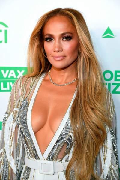 Une soirée pour appeler les grandes entreprises et les dirigeants à se mobiliser pour la vaccination de tous les citoyens, en présence de Jennifer Lopez.