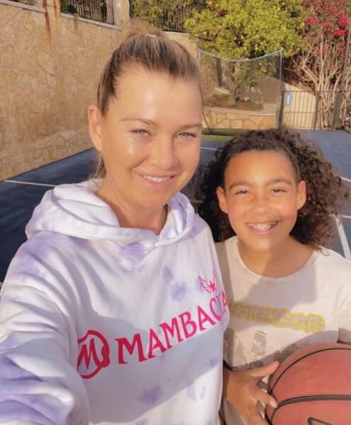 Selfie mère-fille pour Ellen Pompeo et son aînée Stella.