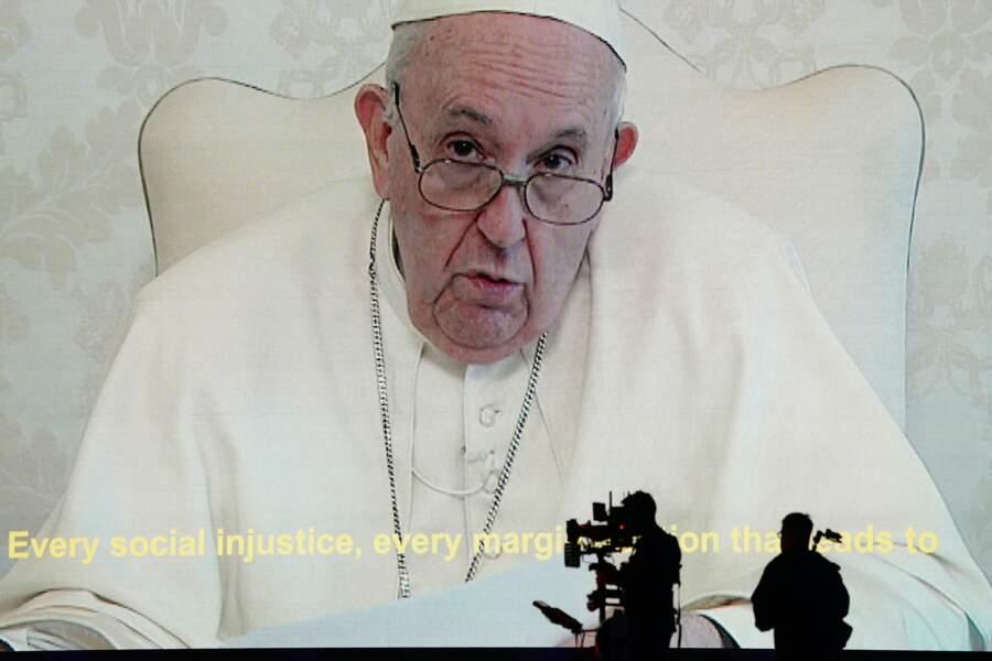 Et le Pape François !
