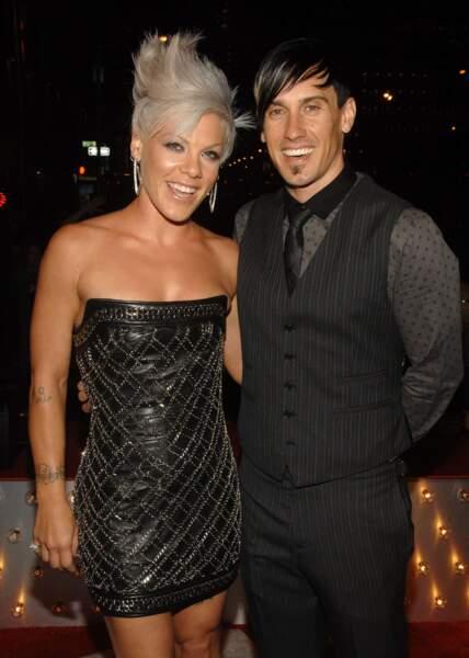 En 2009 aux côtés de son mari Corey Hart, épousé en 2006.
