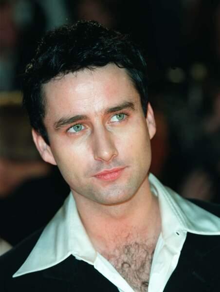 Glenn Quinn, l'interprète de Doyle, est mort à l'âge de 32 ans à cause d'une overdose d'héroïne le 3 décembre 2002