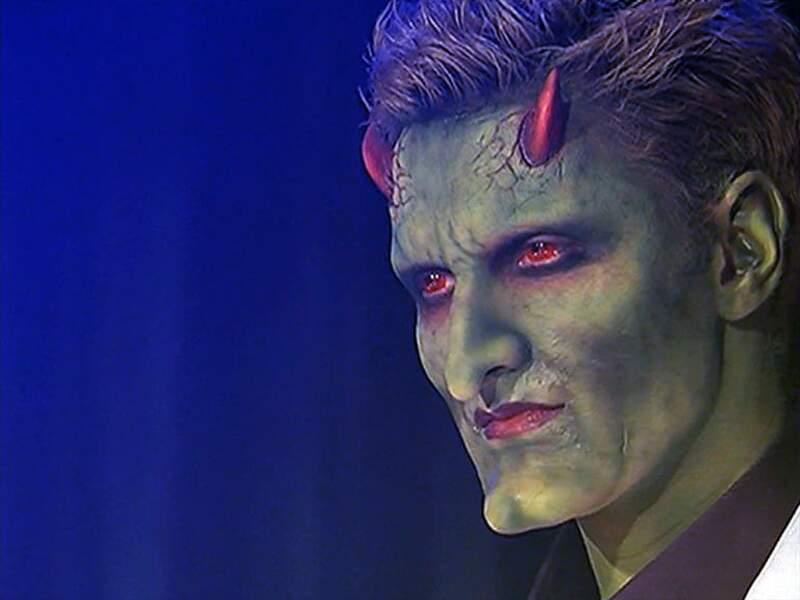Dès la saison 2, Lorne débarque dans Angel. Il est joué par Andy Hallett