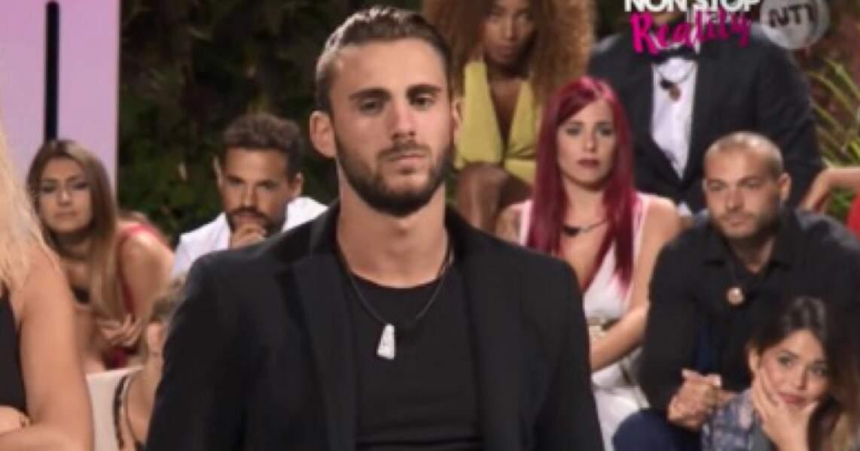 Illan Castronovo a fait sa première télé-réalité en 2016 lors de la première édition de 10 Couples Parfaits