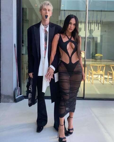 Megan Fox avait opté pour une robe très (très) ajourée pour les Billboards 2021.
