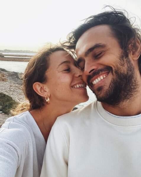 Idem pour Candice et Jérémy de Koh-Lanta, qui ont immortalisé leurs retrouvailles en selfie.