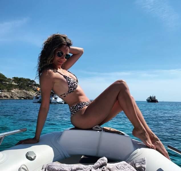 La miss météo Gennifer Demey a enflammé la toile avec ce cliché en bikini.